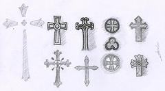 10 croquis de croix chrétiennes au crayon