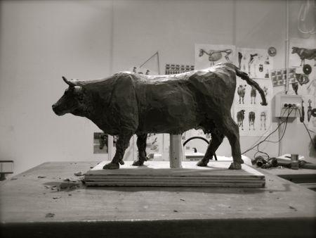 Sculpture animalière vache blonde d'aquitaine 1 © Fabien Lesbordes sculpteur