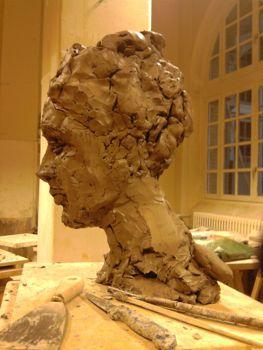Profil sculpture en boulettes de terre à modeler
