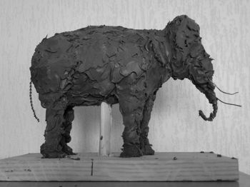 Sculpture esquisse d'animal l'éléphant d'Asie