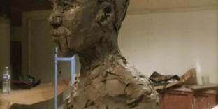 Buste terre glaise portrait ivoirien
