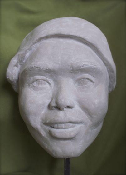 Masque visage jeune femme asiatique