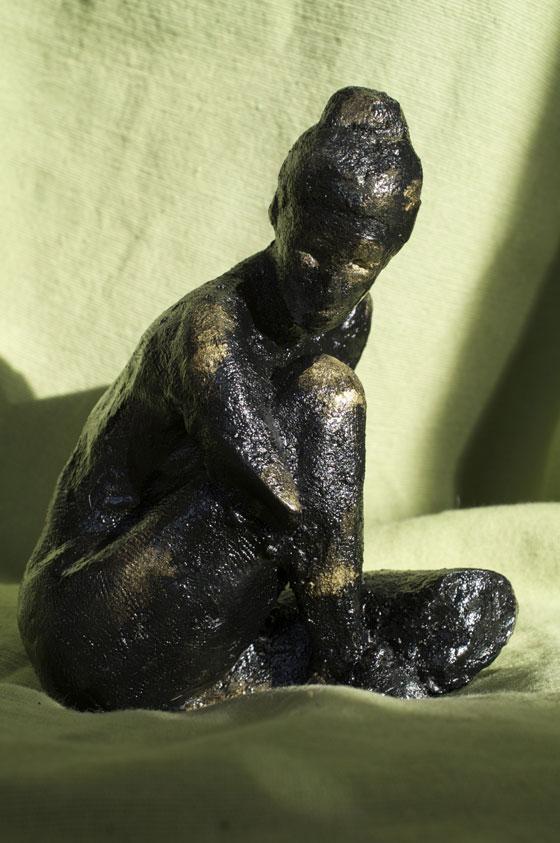 Eurydice statuette